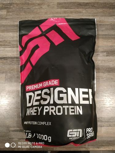 ESN Designer Whey Protein Vorne